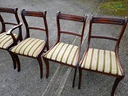 Mahogany Dining Tables And Chairs 5 Solid Wood Mahogany Dining Table Chairs In Very Good Condition