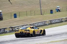 corvette racing live corvette racing at road america on to the race corvette sales