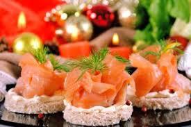 cuisiner le saumon fumé saumon fumé nos recettes de saumon fumé de noël marmiton