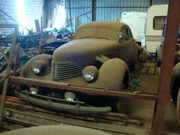 Barn Full Of Classic Cars 20 Barn Find Cars Trucks Vehicles You Will Never Believe