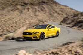 2015 mustang gt quarter mile 2016 ford mustang gt test review motor trend