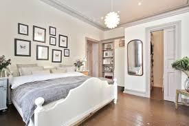 white walls in bedroom bestumveien