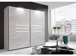 armoire chambre a coucher porte coulissante les 25 meilleures idées de la catégorie armoire à portes