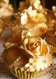 golden roses pretty golden roses cupcakes