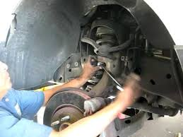 2002 ford explorer struts how to remove front strut on ford expedition explorer