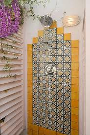 Mexican Tile Bathroom Ideas Colors Best 25 Spanish Style Bathrooms Ideas Only On Pinterest Spanish