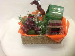 wine delivery gift 12 best send a basket sendabasketsa priced gift baskets hers