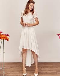 robe de mariã e courte pas cher robe de mariée asymétrique fluide et moderne courte devant et