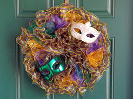 mardi gras mesh new orleans crafts by design mardi gras deco mesh ruffle wreath