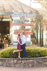Photographers In Charlotte Nc Uptown Charlotte Engagement Photos Charlotte Skyline Photos
