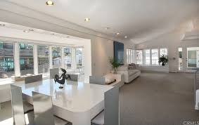 Beach House In Laguna Beach - it u0027s a sell for warren buffett in laguna beach