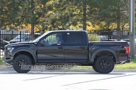 2016 F 150 Raptor 2017 Ford F 150 Raptor Supercrew Peeks Out From Behind The