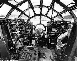B 29 Interior B 29 Cockpit Cabinas Cockpits Iigm Pinterest Airplane