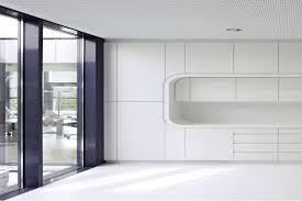 Arbeitsplatte K He Bgv Karlsruhe Corporate Architecture Mit Corian Hasenkopf