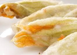 fiori di zucca fritti in pastella fiori di zucca fritti ricette academia barilla