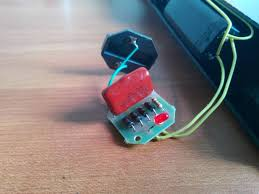 capacitor ac to dc without transformer how does this thing work