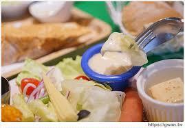 cuisine du p駻ou 台中美食 北區 飽庫all in burger 賭場裡吃早午餐 一中商圈美味漢堡