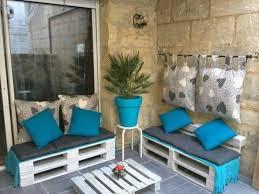 petit salon de jardin pour terrasse les 25 meilleures idées de la catégorie coussins bleus sur