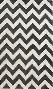 Nuloom Outdoor Rugs by Meredith Chevron Rug From Modella Wool By Nuloom Plushrugs Com
