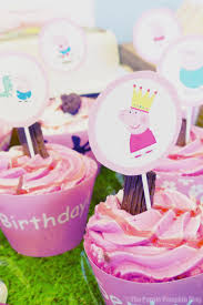 peppa pig cupcakes peppa pig party printables party ideas