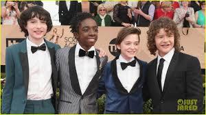 stranger things u0027 cast hits the red carpet at sag awards photo