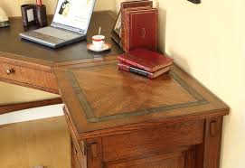 small desk plans free furniture tips simple charmingly free computer desk plans diy home