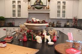 christmas kitchen ideas decorating kitchen cabinets for christmas decorating above