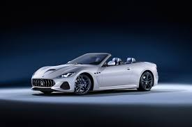 maserati blue 2017 maserati unveils their stunning new granturismo coupe and