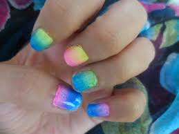 nail design using sponge