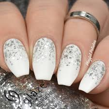 playful polishes 3 simple u0026 elegant new years nail designs