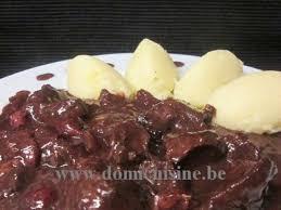 cuisiner un lievre au vin recettes de civet et chocolat