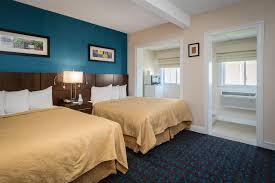 Comfort Inn Middletown Ri Quality Inn And Suites Middletown Ri Booking Com