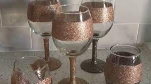 wine glass with initials tutorial diy glitter wine glasses