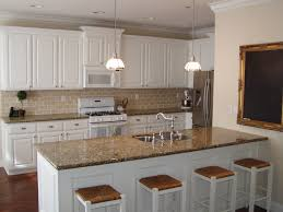 Movable Island For Kitchen by Best 20 Round Kitchen Island Ideas On Pinterest Large Granite