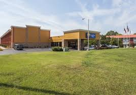 Comfort Inn And Suites Chattanooga Tn Pet Friendly Hotels In Chattanooga Tennessee Accepting Dogs U0026 Cats