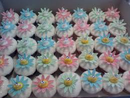 cupcake decorating ideas for baby showers new baby cupcakes