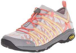 amazon com chaco women u0027s outcross evo 1 5 hiking shoe hiking shoes