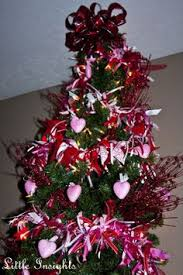 Decorate Christmas Tree Valentine S Day by Leave You Christmas Tree Up And Make It A Valentine U0027s Day Tree