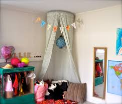 Homemade Curtains Without Sewing 5 Minute No Sew Kid U0027s Canopy Four Moms For Moms