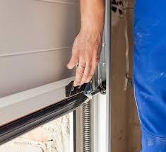 Overhead Door Model 456 Manual To Manually Open Garage Door With No Power