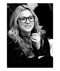 how many people like penny on the big bang theory new hair kaley cuoco glasses pinterest kaley cuoco beautiful people
