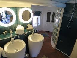 chambres d hotes pernes les fontaines la nesquière chambres d hôtes pernes les fontaines tarifs 2018