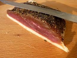 cuisiner un filet de canard magret de canard maison séché au sel l atelier de boljo
