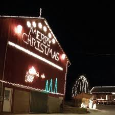 places in ohio that have great christmas light shows for great causes