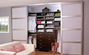 petit dressing chambre petit dressing chambre le bon modale le dressing cabine il ressemble