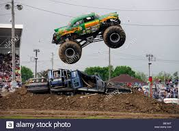 monster jam puff trucks avenger stock photos u0026 avenger stock images alamy