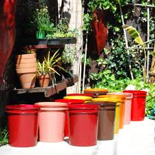 spray painted 5 gallon buckets garden pots garden containers