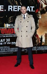 how to wear trench coats for men