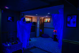 black light bedroom black light in bedroom photos and video wylielauderhouse com