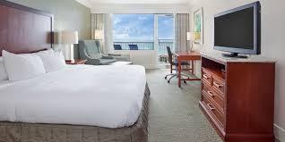 king deluxe view hotel room hilton pensacola beach